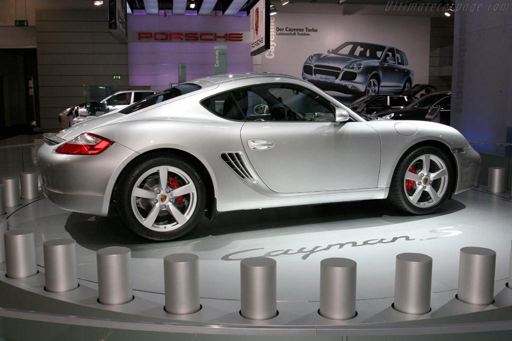 Porsche Cayman S    - 2005 Frankfurt Motorshow (IAA)