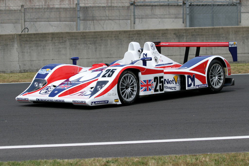 MG Lola EX264 - Chassis: B0540-HU05   - 2005 Le Mans Test