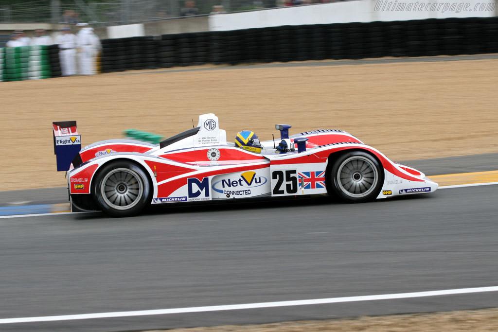 MG Lola EX264 - Chassis: B0540-HU05   - 2005 Le Mans Test