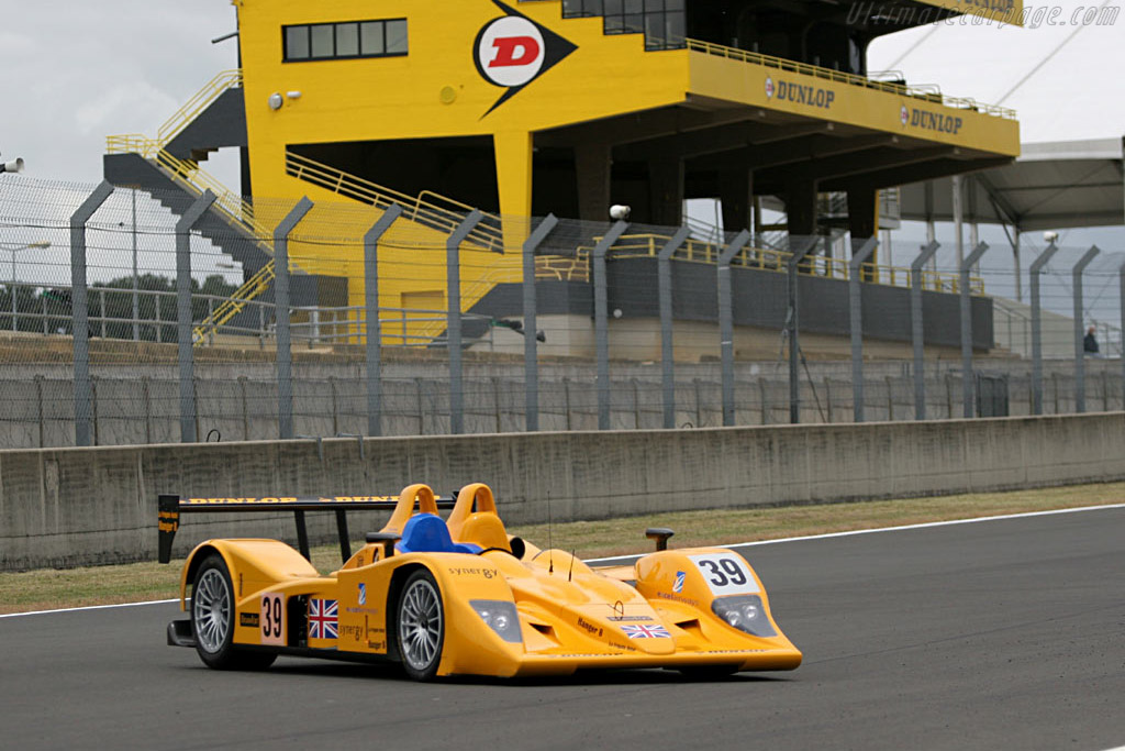 Lola B05/40 AER - Chassis: B0540-HU01   - 2005 Le Mans Test