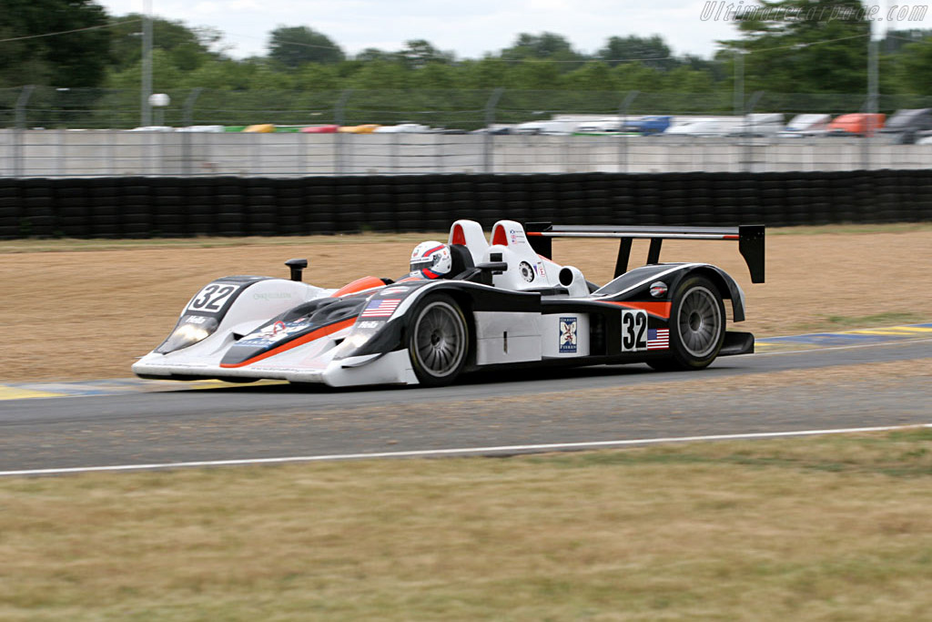 Lola B05/40 AER - Chassis: B0540-HU04   - 2005 Le Mans Test