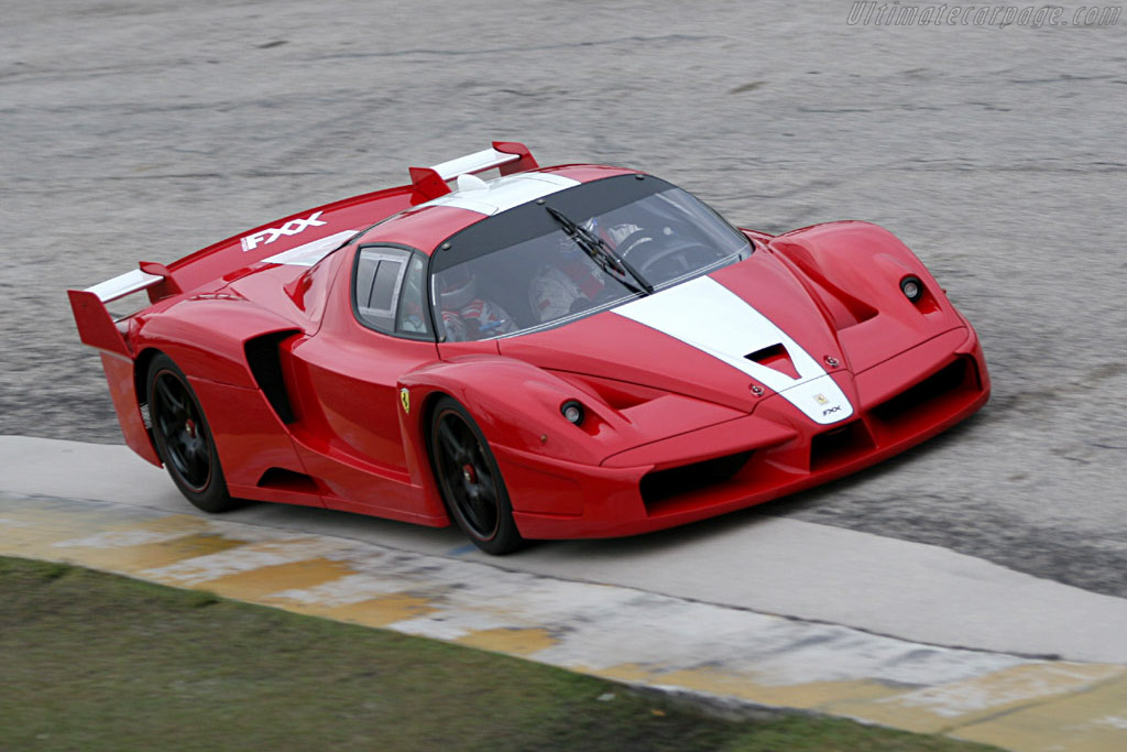 Click here to open the Ferrari FXX gallery