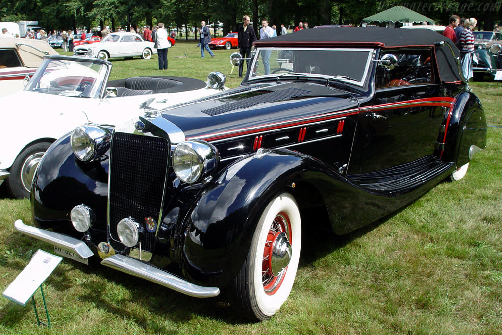 Click here to open the Delage D8-120 Letourneur & Marchand Deltasport Cabriolet gallery