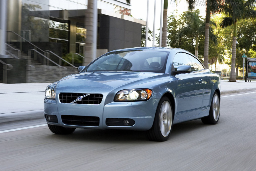 Click here to open the Volvo C70 T5 gallery