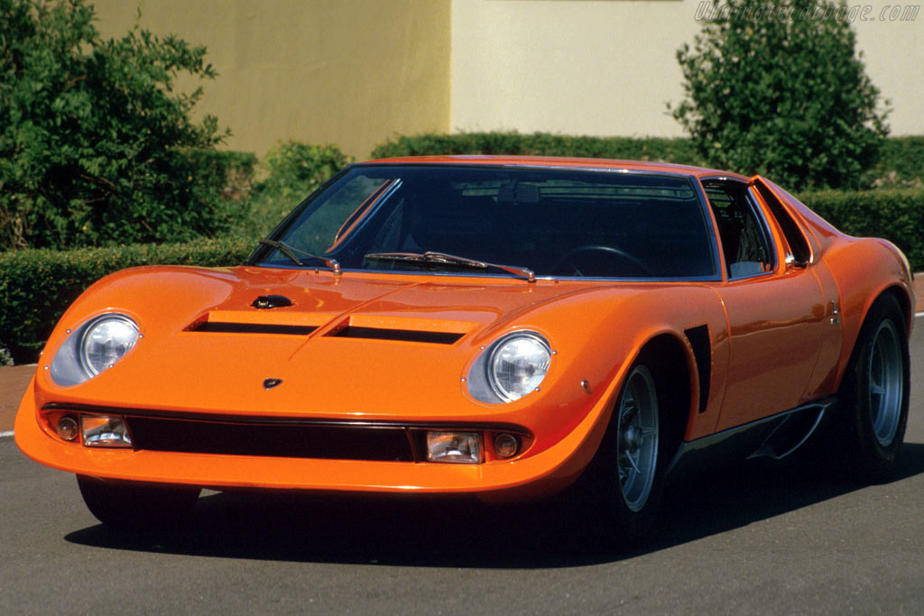 Click here to open the Lamborghini Miura P400 Jota gallery