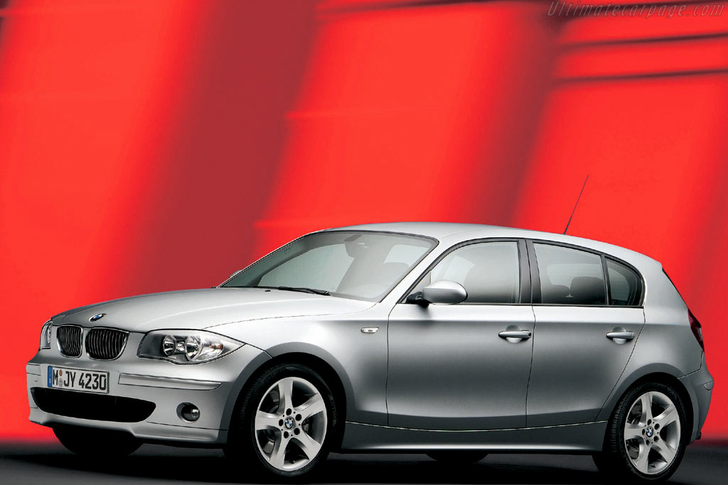 Click here to open the BMW 130i gallery