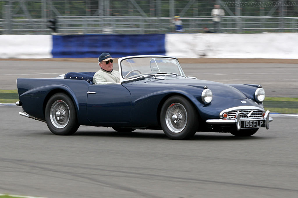 Click here to open the Daimler SP250 Dart gallery