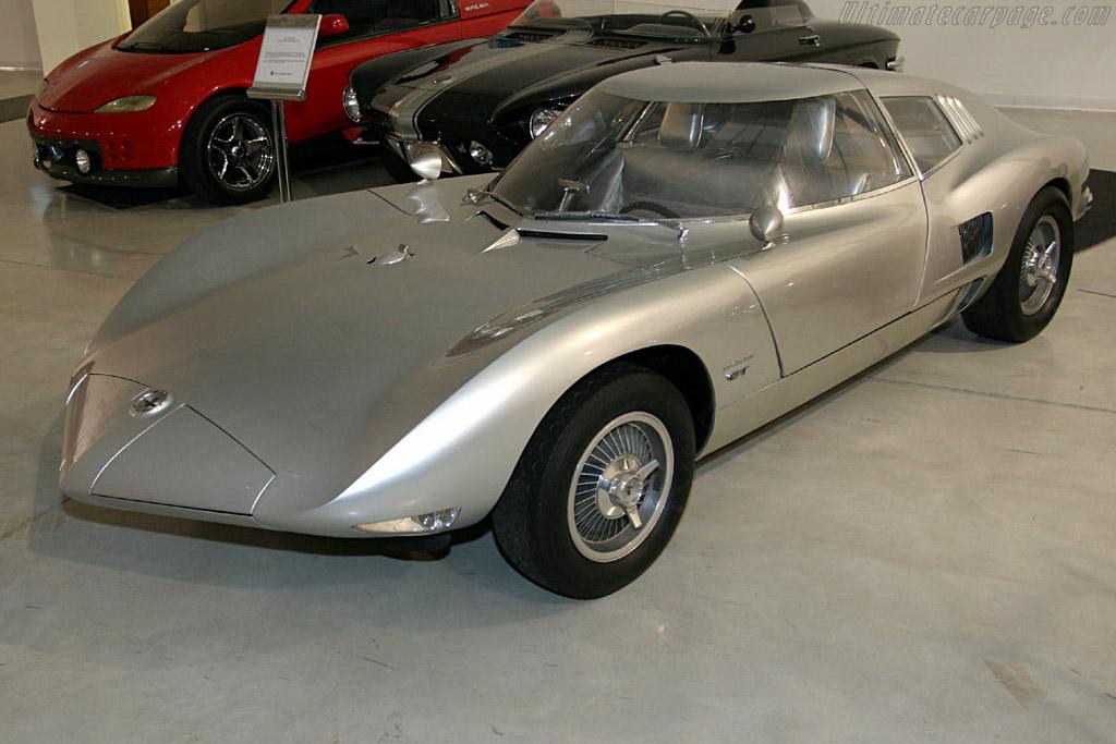 1963 Chevrolet Corvair Monza GT Concept - Images ...