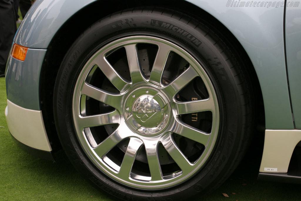 Bugatti Veyron 16.4    - 2005 Pebble Beach Concours d'Elegance