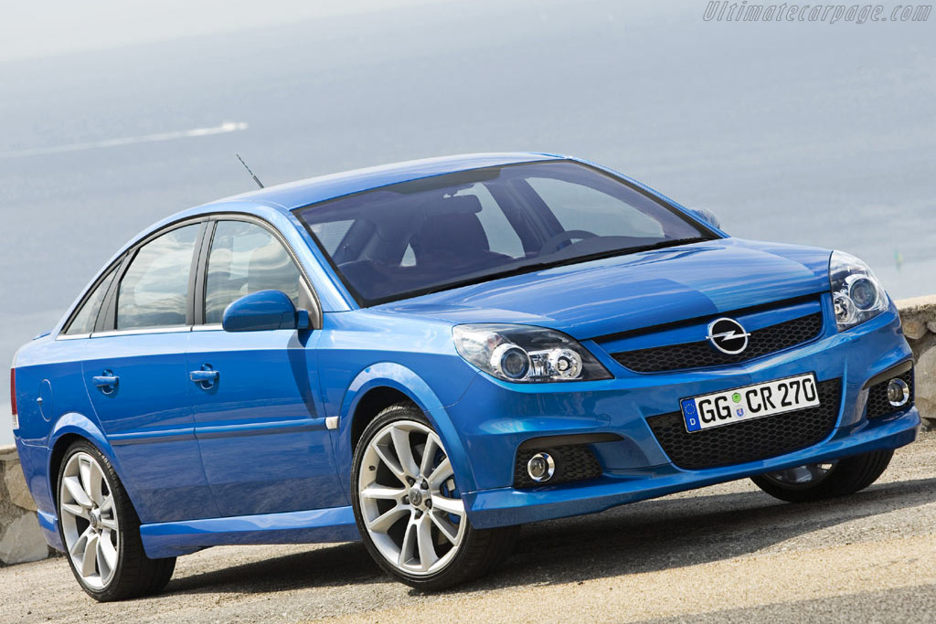 Click here to open the Opel Vectra OPC gallery