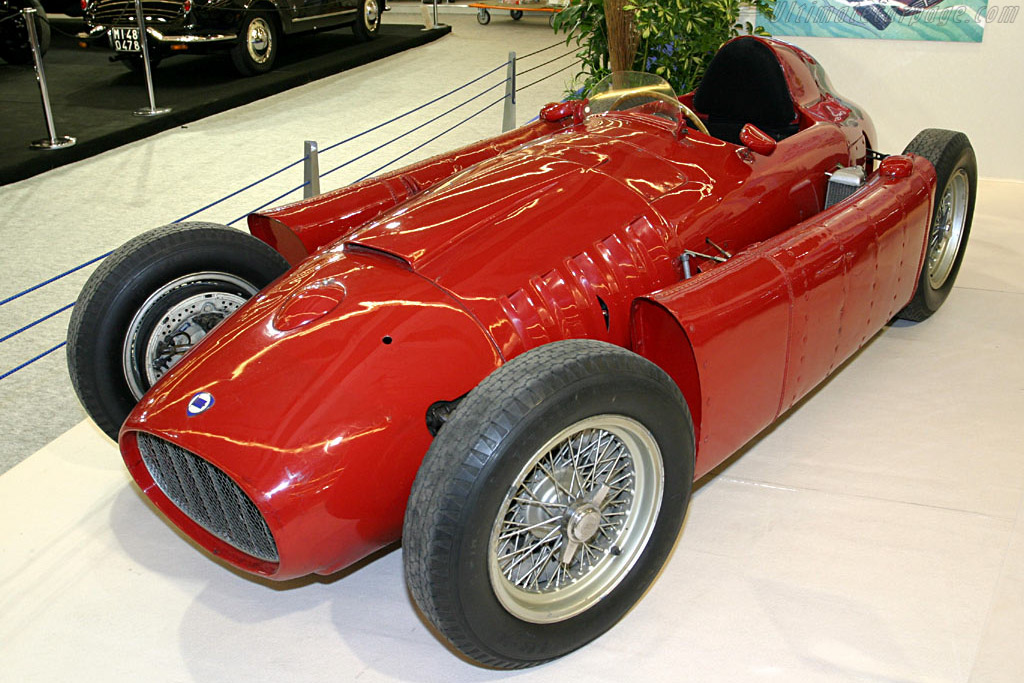Click here to open the Lancia D50 gallery