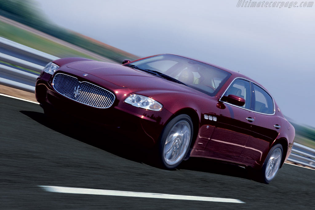 Click here to open the Maserati Quattroporte Executive GT gallery