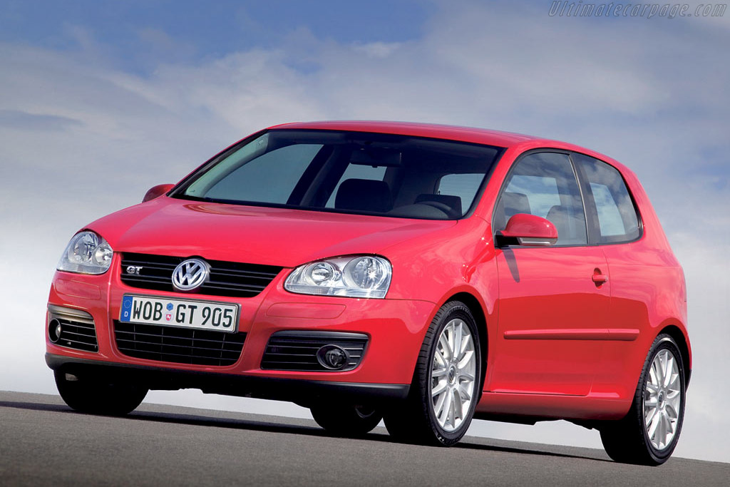 Click here to open the Volkswagen Golf V GT gallery