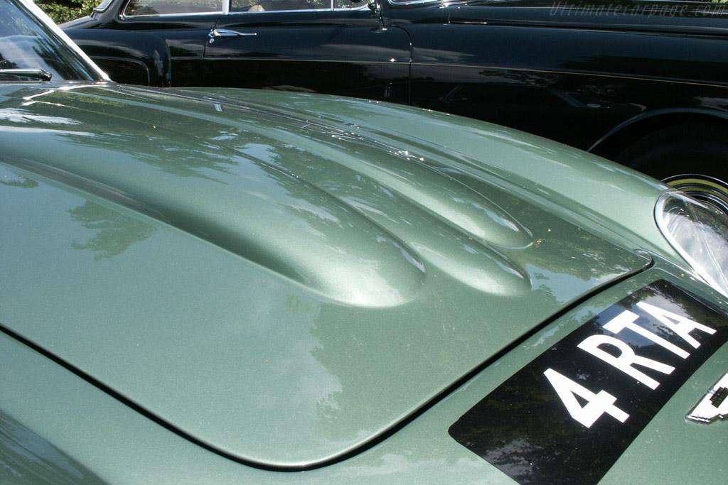Aston Martin DB4 GT Zagato - Chassis: DB4GT/0186/R   - 2002 Louis Vuitton Classic