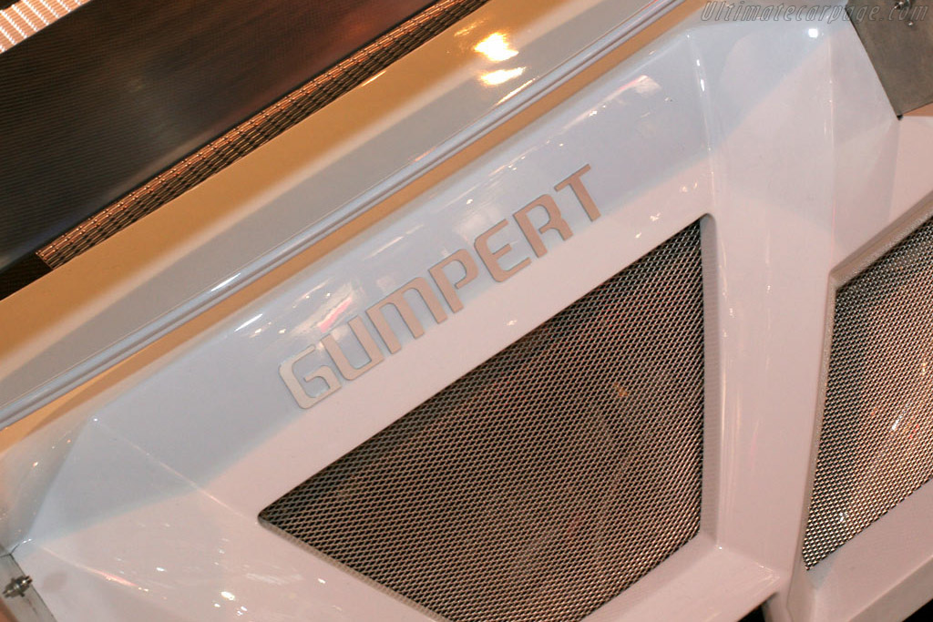 Gumpert Apollo    - 2005 Essen Motor Show