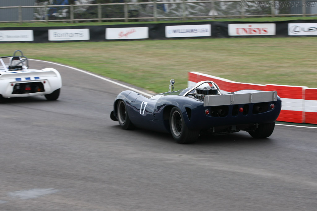 Lola T70 Spyder Chevrolet - Chassis: SL70/2   - 2006 Goodwood Revival
