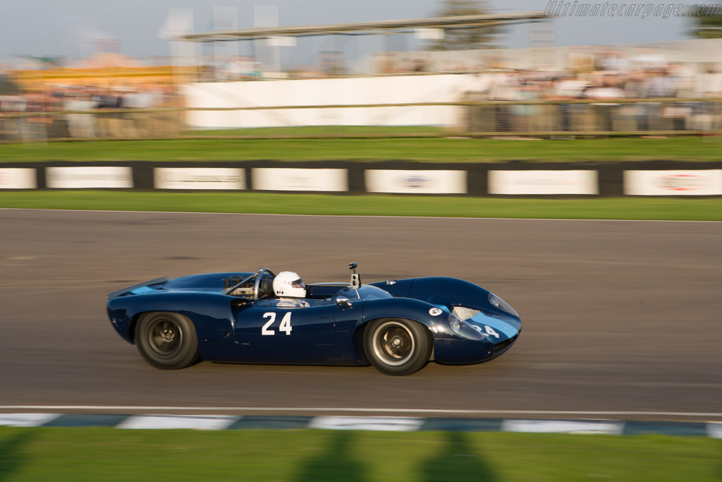 Lola T70 Spyder Chevrolet - Chassis: SL70/2   - 2008 Goodwood Revival