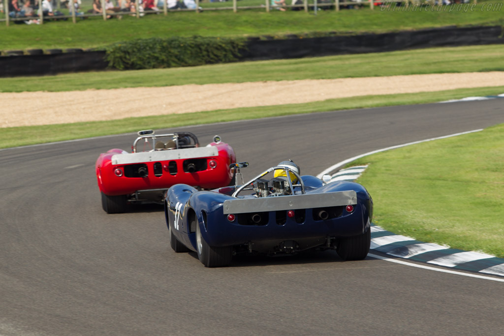 Lola T70 Spyder Chevrolet (Chassis SL70/2 - 2014 Goodwood Revival) High Resolution Image