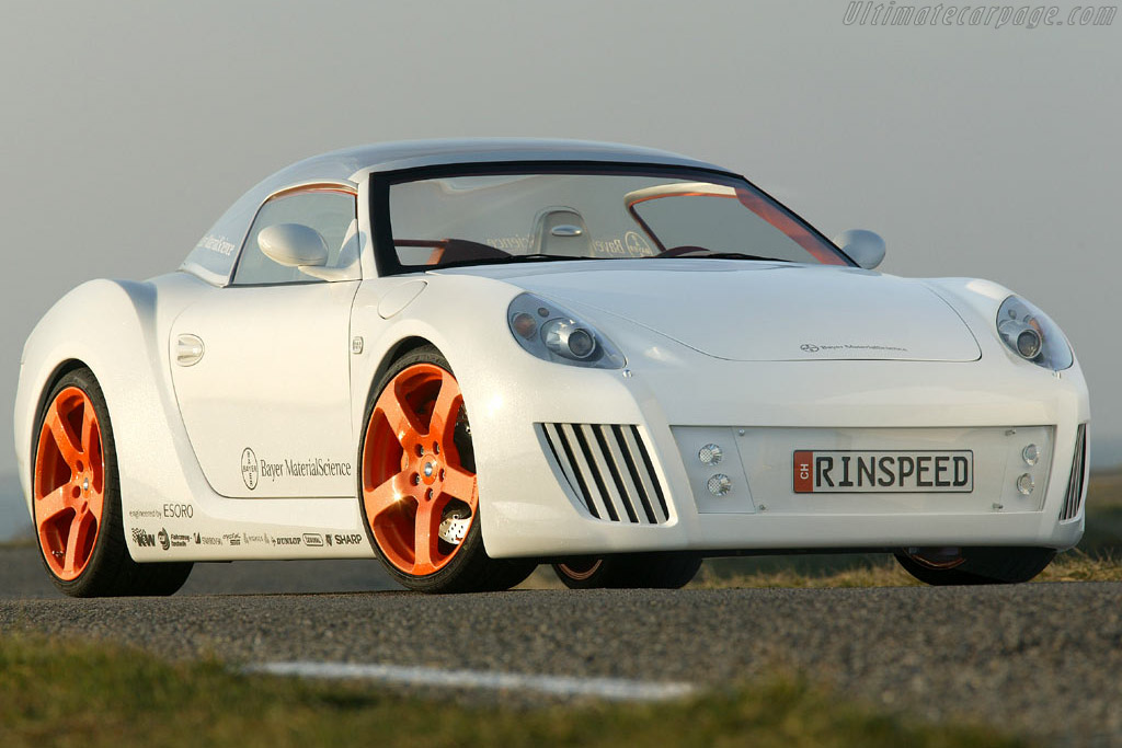 Click here to open the Rinspeed zaZen Concept gallery