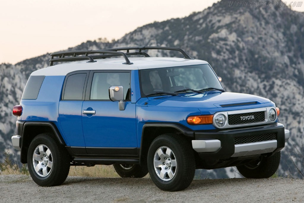 Click here to open the Toyota FJ Cruiser gallery