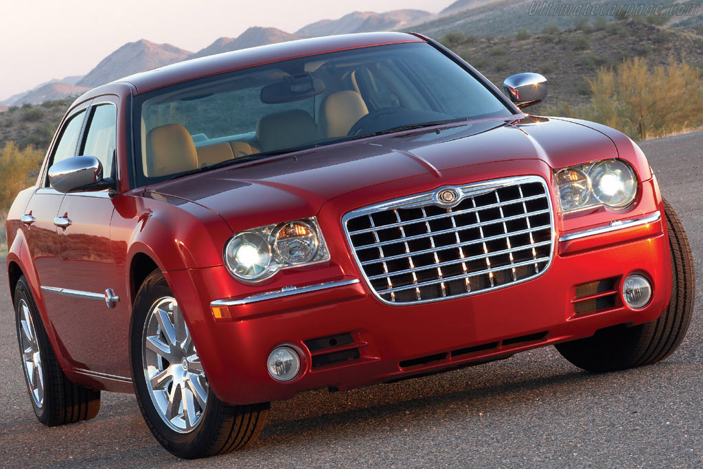 Click here to open the Chrysler 300C Heritage Edition gallery