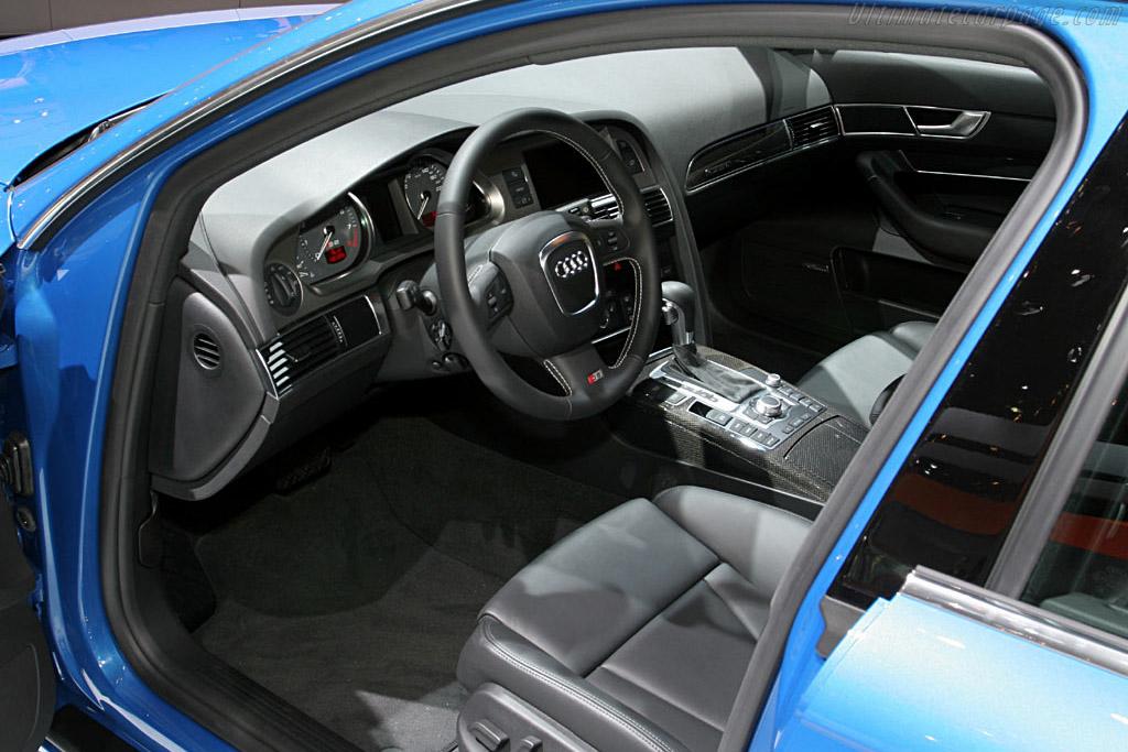 Audi S6    - 2006 North American International Auto Show (NAIAS)