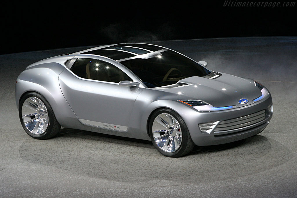 Click here to open the Ford Reflex Concept gallery