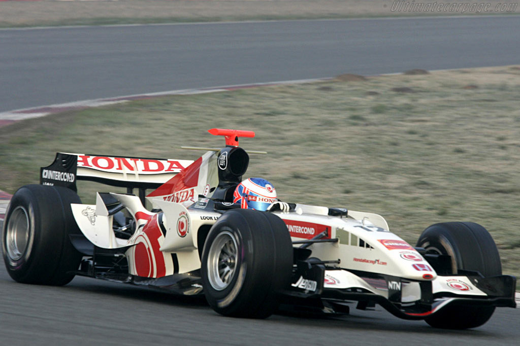 Click here to open the Honda RA106 gallery