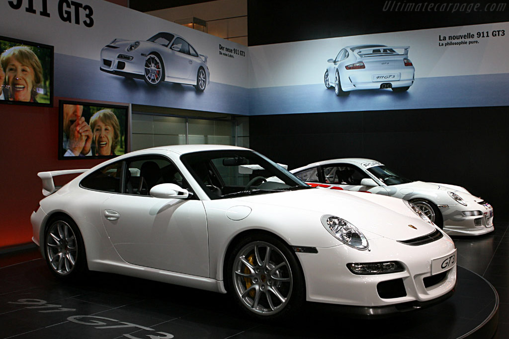 Click here to open the Porsche 997 GT3 gallery