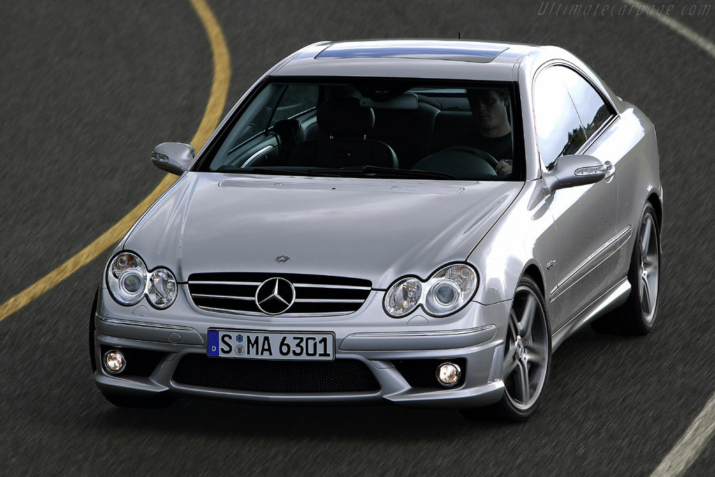 Click here to open the Mercedes-Benz CLK 63 AMG Coupe gallery