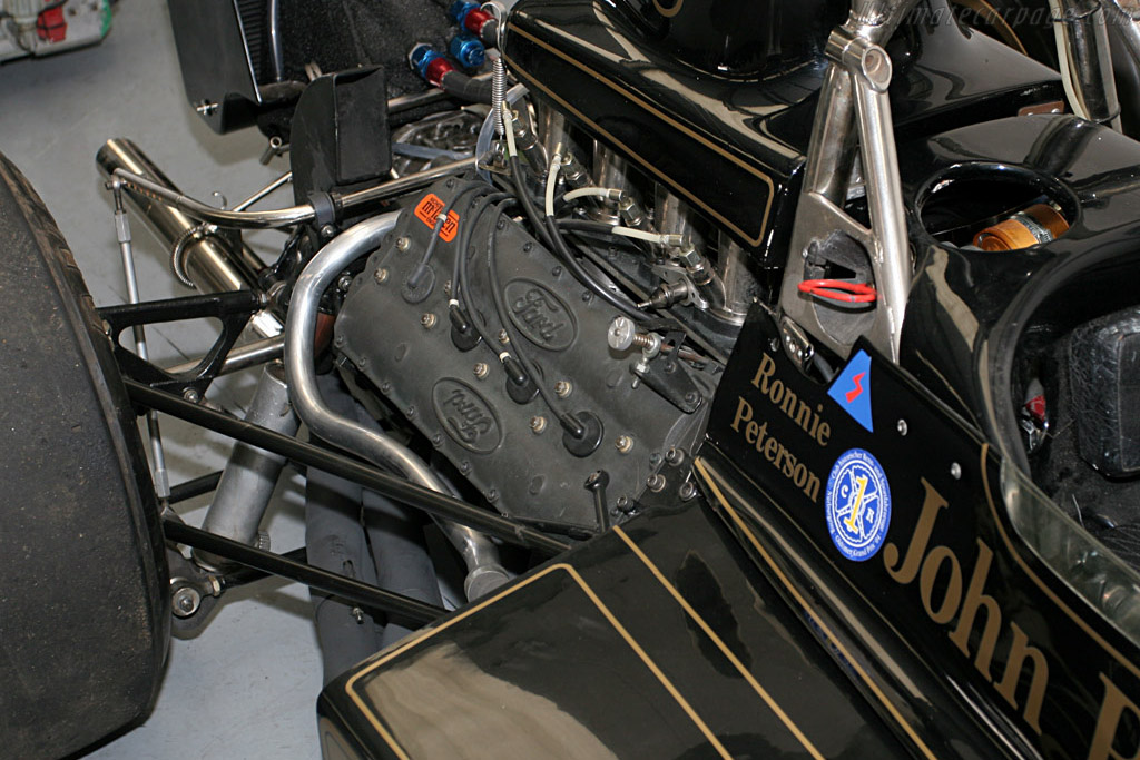 Lotus 72 Cosworth - Chassis: R6   - 2005 Silverstone Classic