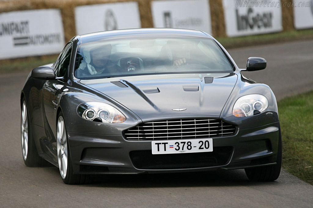 Click here to open the Aston Martin DBS V12 gallery