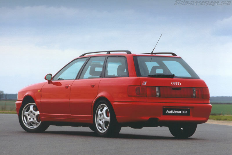 Click here to open the Audi RS2 gallery
