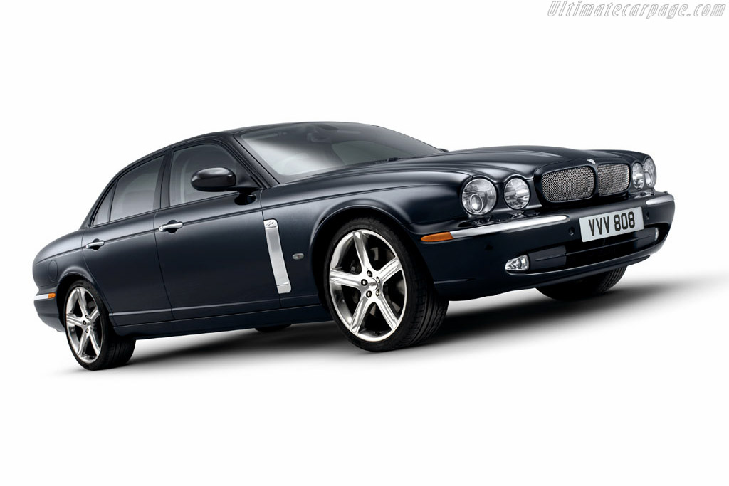 Click here to open the Jaguar XJR Portfolio gallery