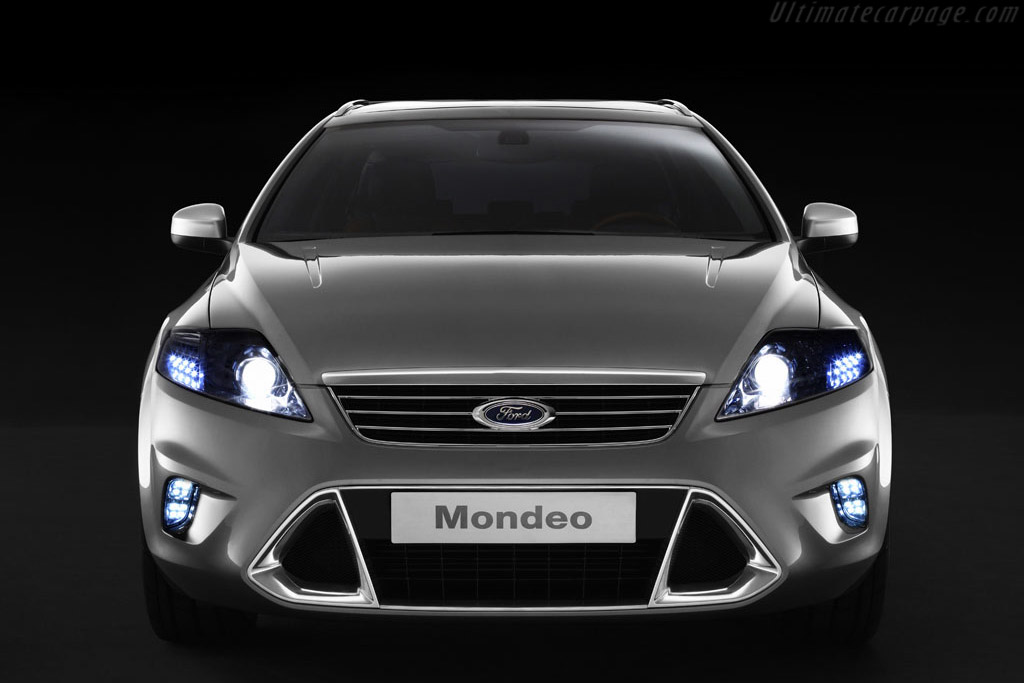Click here to open the Ford Mondeo Wagon Concept gallery