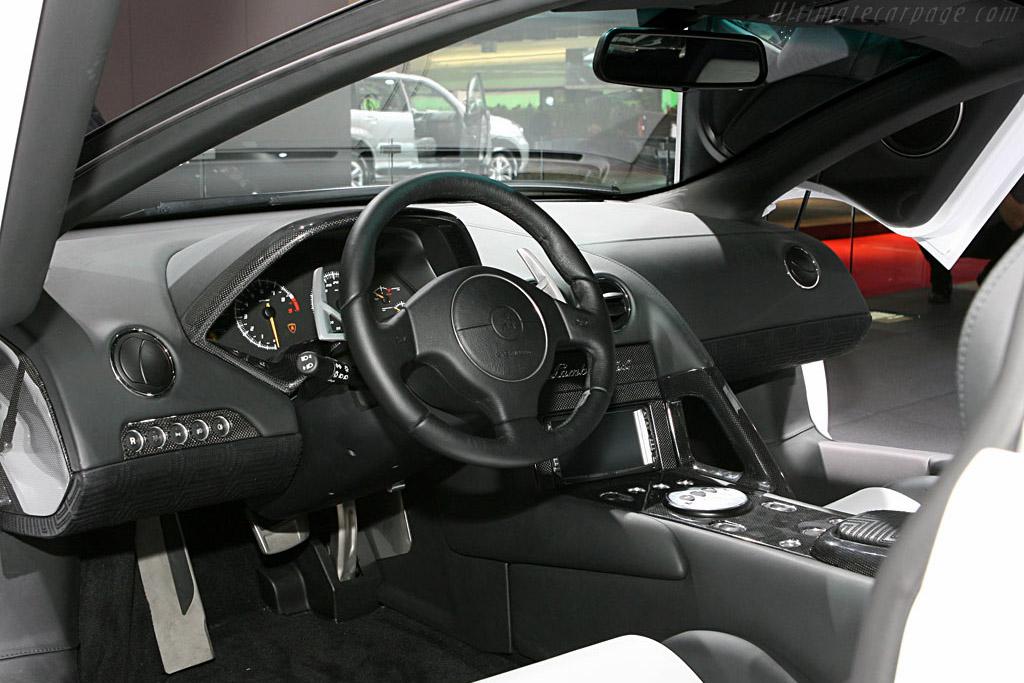 Lamborghini Murciélago LP640 Versace    - 2006 Mondial de l'Automobile Paris