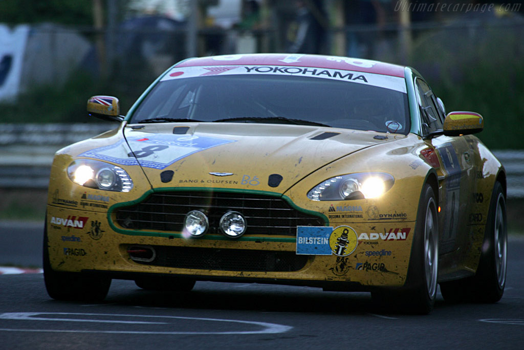 Click here to open the Aston Martin V8 Vantage N24 gallery