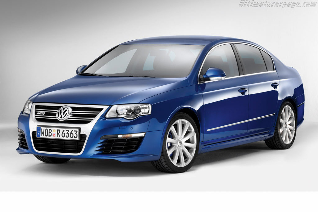 Click here to open the Volkswagen Passat R36 gallery