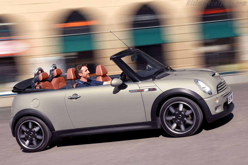 Click here to open the MINI Cooper S Convertible Sidewalk gallery