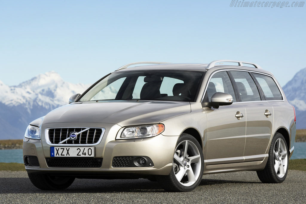 Click here to open the Volvo V70 gallery
