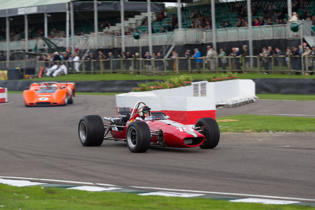 McLaren M5A BRM - Chassis: M5A/1 - Driver: Jackie Stewart  - 2015 Goodwood Revival