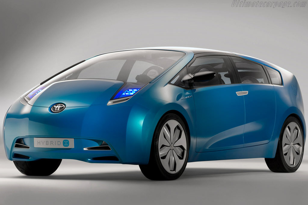 Click here to open the Toyota Hybrid X Concept gallery