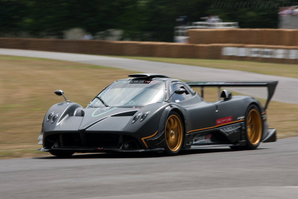 2009 pagani zonda r - images, specifications and information