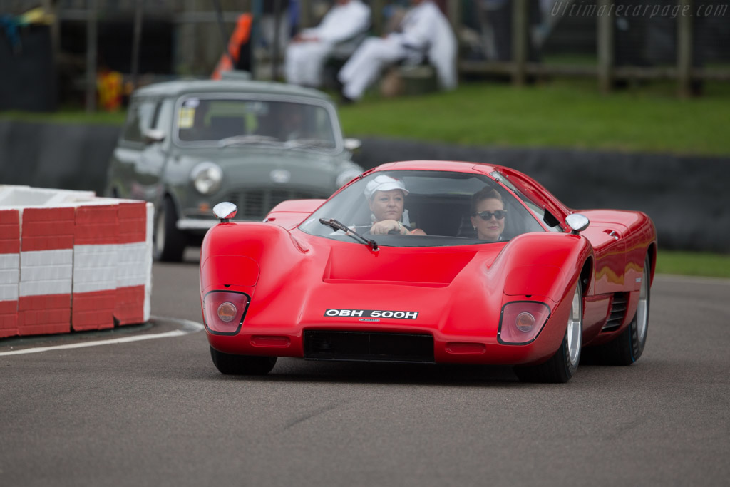 McLaren M6GT Chevrolet - Chassis: BMR6GT-1   - 2015 Goodwood Revival