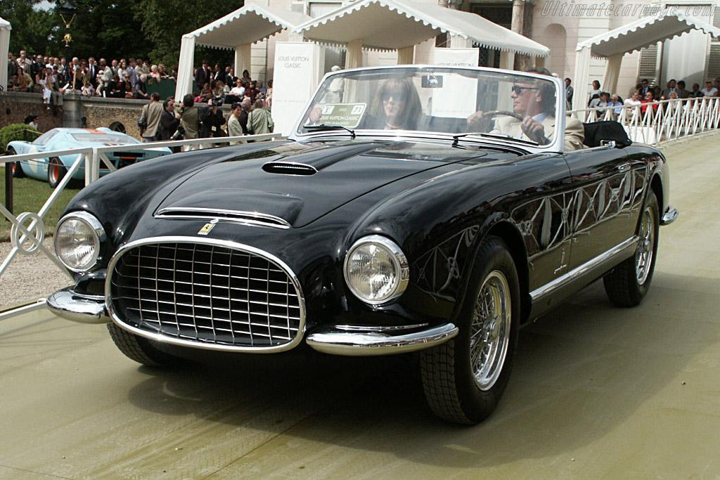 Click here to open the Ferrari 342 America Pinin Farina Cabriolet gallery