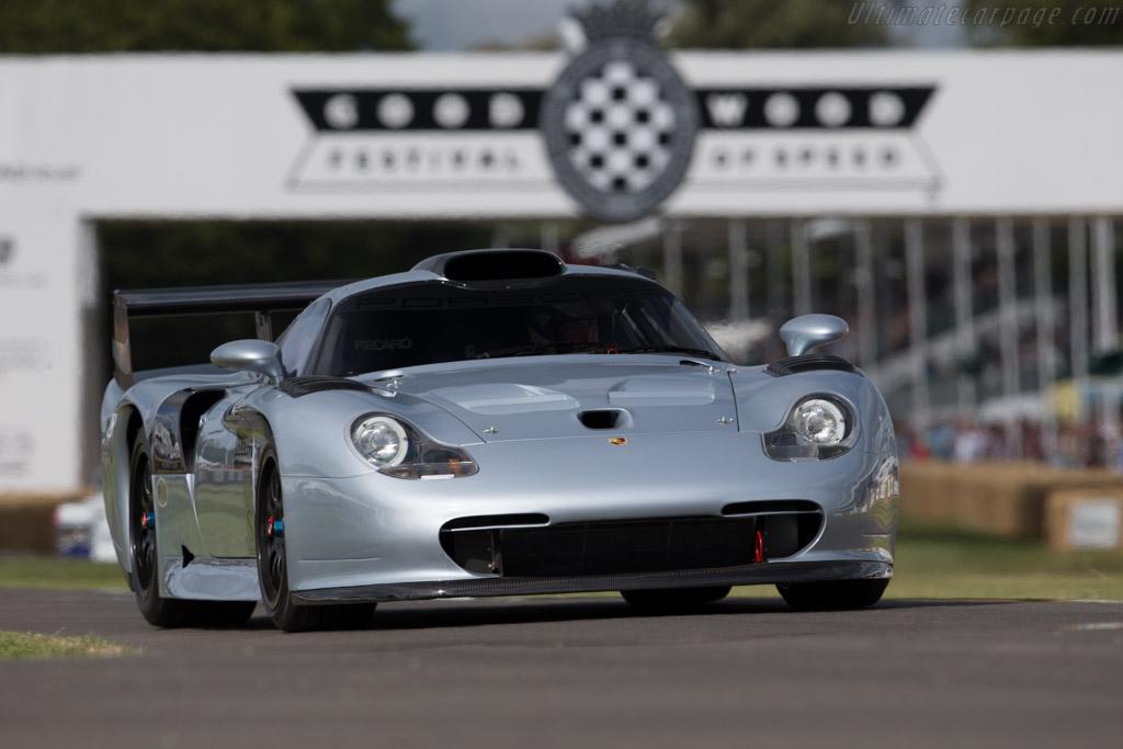 Porsche 911 GT1 Evolution - Chassis: 993-GT1-117   - 2015 Goodwood Festival of Speed