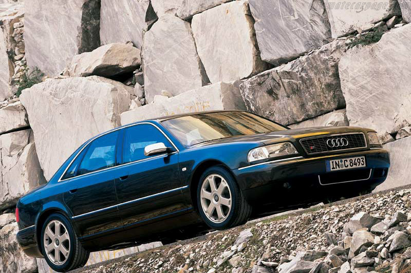Click here to open the Audi S8 gallery