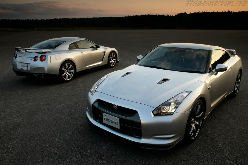 Click here to open the Nissan GT-R gallery