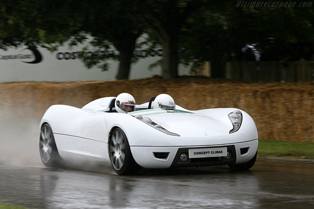 Click here to open the Concept Climax Roadster gallery