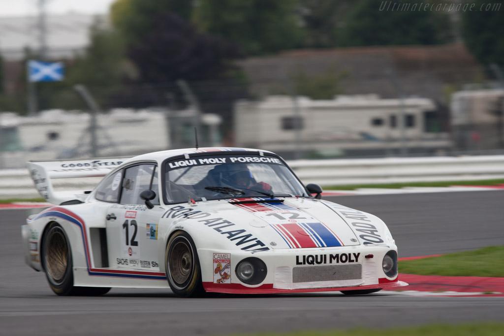 Porsche 935/77A - Chassis: 930 890 0016   - 2010 Le Mans Series Silverstone 1000 km (ILMC)